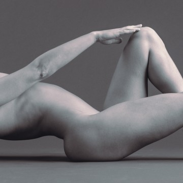 Art nude photography exhibit artist A K Nicholas