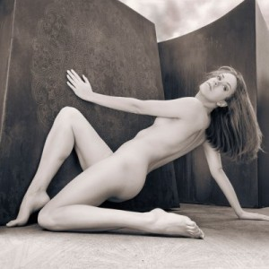 monochromatic fine art nude photography online exhibit
